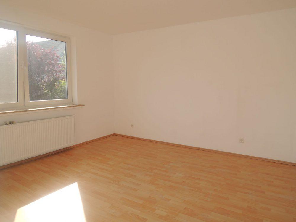 Obergeschosswohnung-mit-optimaler-Raumaufteilung-Schlöafzimmer