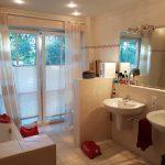 gehobene-dachterrassenwohnung-mit-weitblick-bad