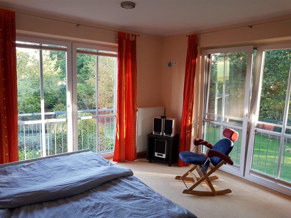 gehobene-dachterrassenwohnung-mit-weitblick-schlafzimmer