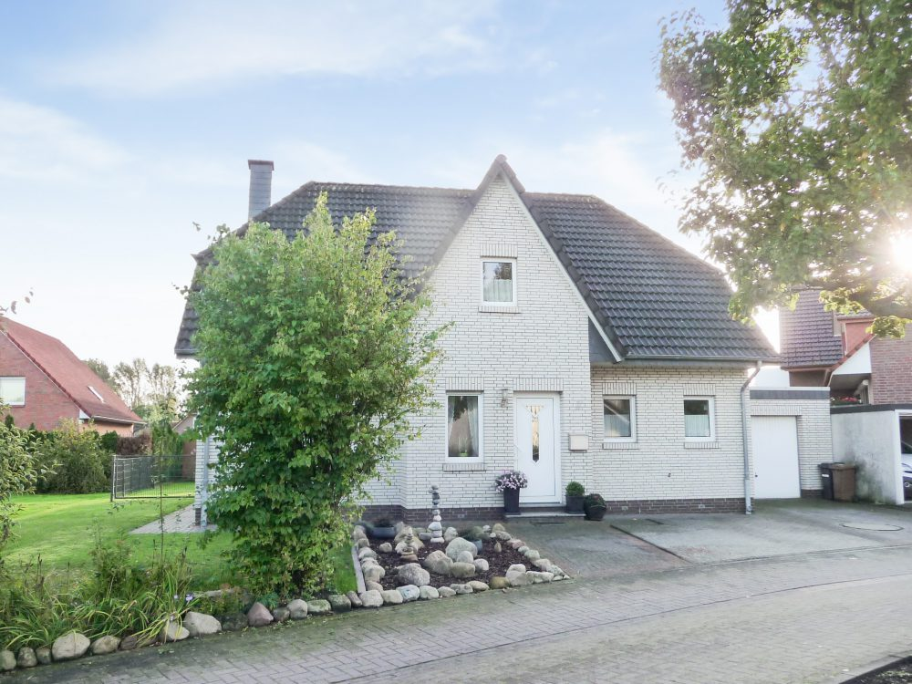 lemwerder-einfamilienhaus-mit-sehr-guter-raufaufteilung-grundriss-aussenansicht