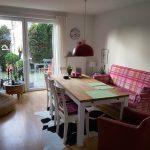 Wohnzimmer mit Kochniesche