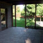 Blick auf die überdachte Terrasse
